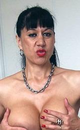Actrice amatrice Titaina