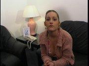 Chiara a des gros seins à exhiber