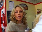 Laidy Margo, Angels Sydney et Axelle Mugler partagent des godes