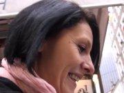 La parisienne Sophie Land veut un 5 à 7 coquin