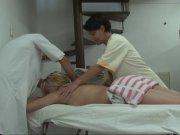 Un massage qui finit en partouze