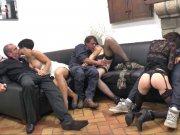 Amelie Pucycat, Lucie Luke, Jessica et Lana Brillant font une soirée échangiste